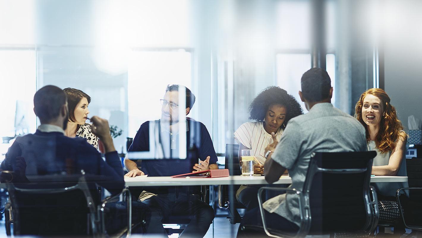 「雇用仲介サービス」法的位置づけ明確化 官民連携の強化も提言、厚労省が報告書