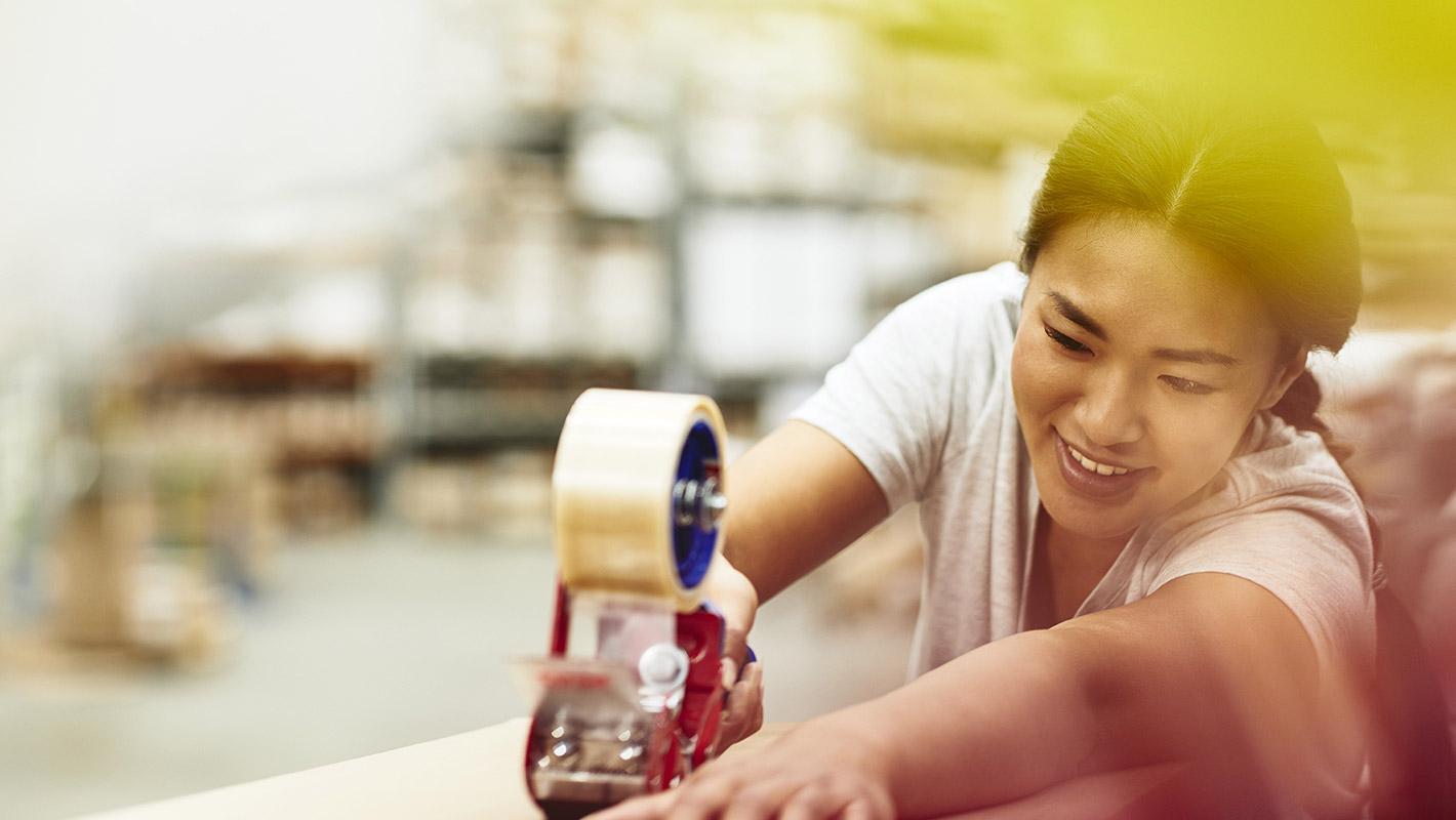 外国人労働者172万人、過去最多 ベトナムが中国を抜きトップ